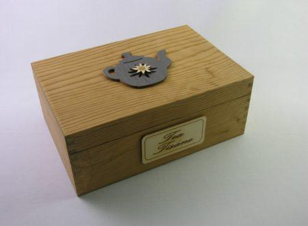Porta Mensole In Legno.Porta Scottex In Legno Decorato A Mano Con Mensola